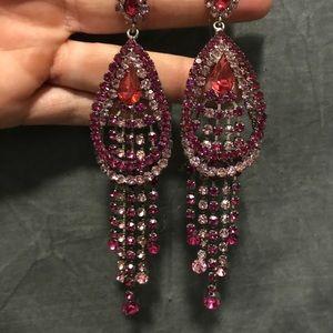 Jewelry - Beautiful chandelier earrings.